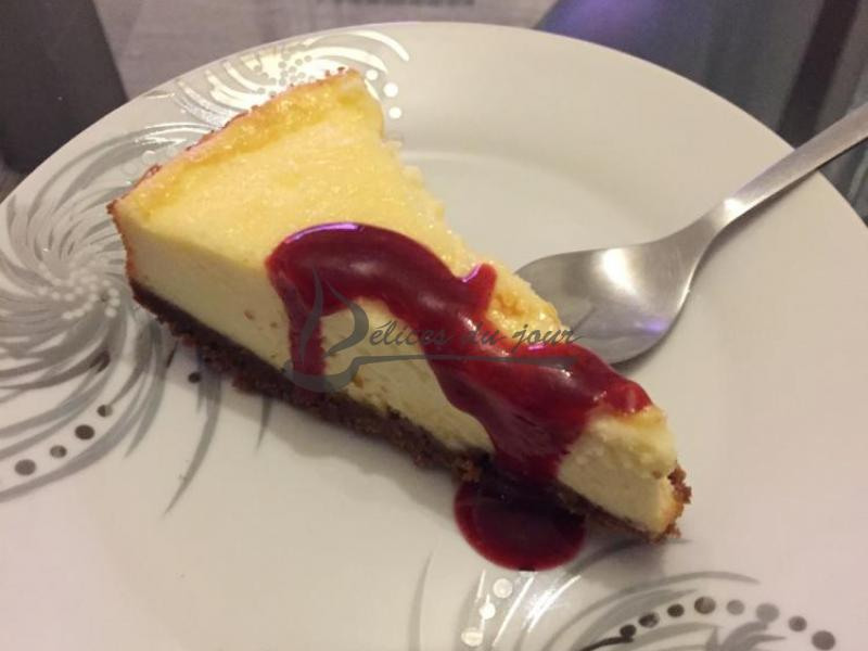 Cheesecake citron et coulis framboise